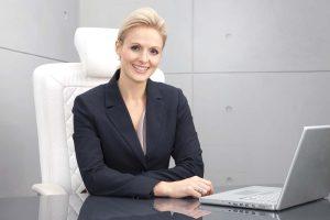 Business-Fotoshooting Aschaffenburg: Individuelle, hochwertige Businessfotos sind besonders wichtig, um für einen persönlichen Kontakt, Vertrauen zu gewinnen. Business-Fotoshooting